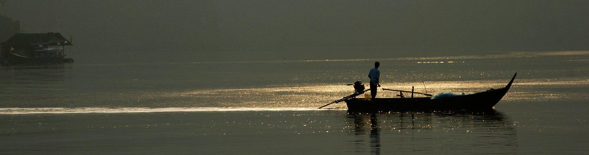 Early-morning-fishing