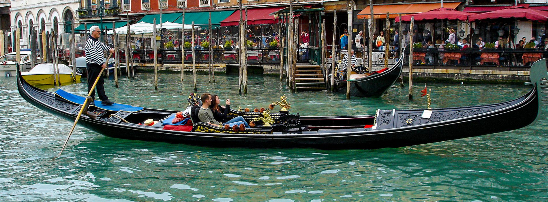 Gondola-Grand-Canal-header